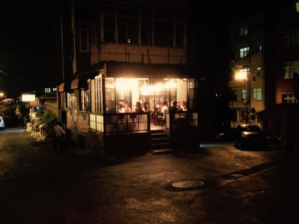 El Salvador Pub.